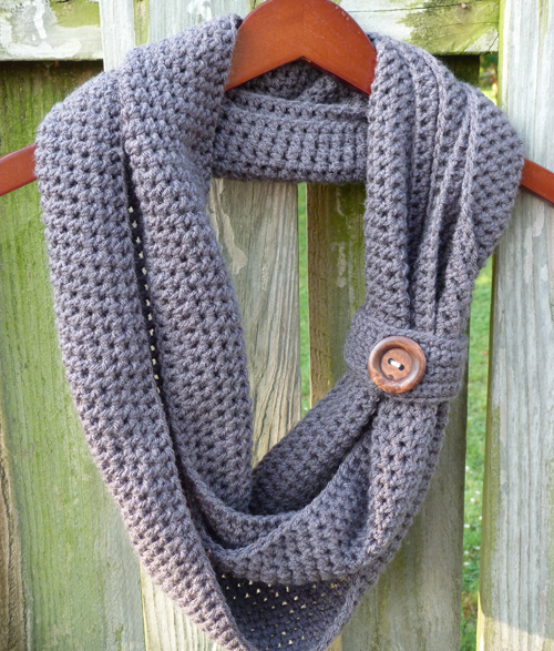 Crochet Pattern For Infinity Scarf With Buttons : Crochet Spot