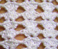 shell-lace-fingerless-glove