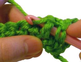 Crochet Parfait: FPHDC--Front Post Half Double Crochet