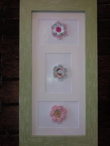 Picture Frame With Crochet Flowers