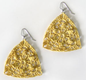 Crochet Spot » Blog Archive » Crochet Pattern: Teardrop Earrings