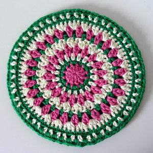 Amazon.com: Apple Hot Pad, Crochet Double Sided Apple PotHolder ...   300x300