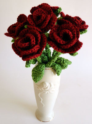 CROCHET FLOWER PATTERN AND ROSES - Crochet — Learn How to Crochet
