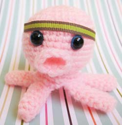 Ruby Submarine: Baby Octopus and Squid crochet pattern!