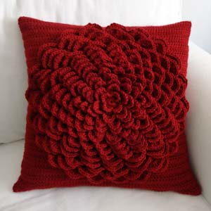 Crochet Patterns Pillows : ... Crochet Pattern: Flower Pillow Cover - Crochet Patterns, Tutorials and