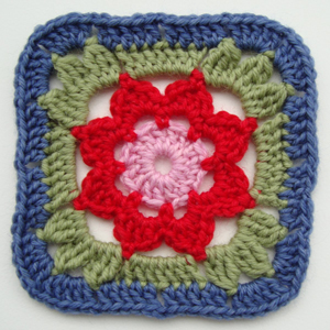 Crochet Granny Square : crochet-granny-square-with-flower.jpg