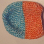 I love Courtney's yarn colors - blue and orange.