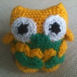 Check out Chantal's nice color combo on her owl.