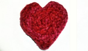 crochet_stuffed_heart