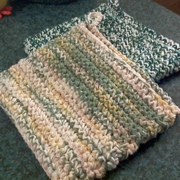 These are made with the thick and sturdy potholder pattern.