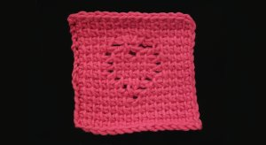 crochet_tunisian_heart_coaster