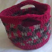Susanne also crocheted this cute basket.