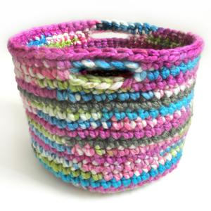 crochet quick storage basket