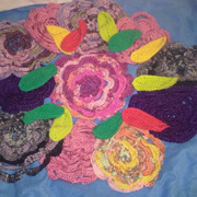 Susanne is working on these crochet flowers and leaves.