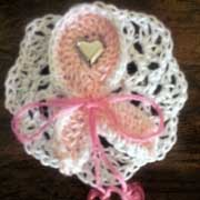 Take a look at this lovely pin Patricia crocheted.