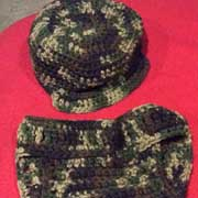 Fiona crocheted this diaper cover and cap set.