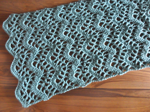 crochet lacy chevron table runner