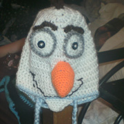 Susanne crocheted this cute Olaf hat.