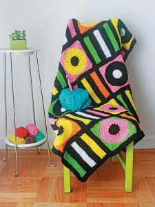 Twinkie Chan Crocheted Abode A La Mode Review by Caissa McClinton @artlikebread for @crochetspot and #cgoa licorice_medium2