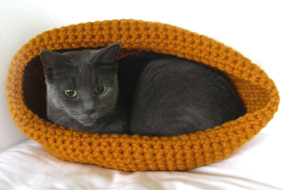 crochet cat bed 2