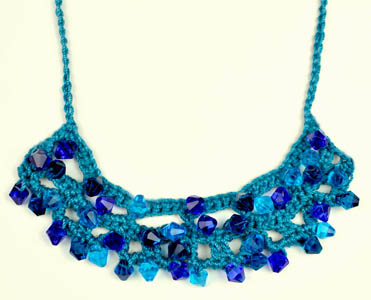 crochet beaded necklace