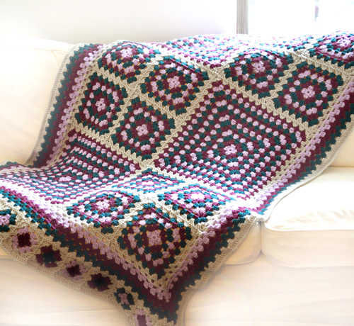 How To Crochet A Granny Square Blanket Pattern : Crochet Spot Blog Archive Crochet Pattern: Ultimate ...