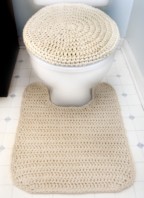 Crochet A Matching Toilet Seat Cover And Contour Rug. Choose A Yarn That Is  Machine Washable So That You Can Easily Toss Them ...