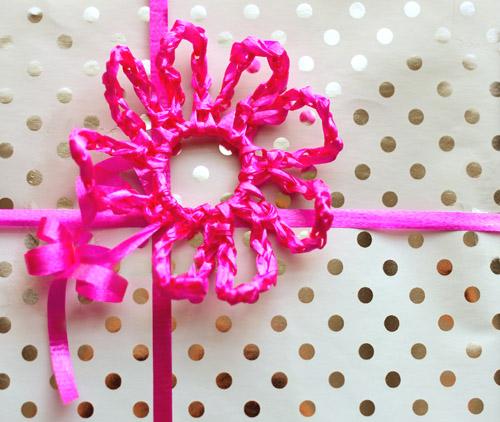 Crochet Flower Pattern Rose By Rachel Choi : Crochet Spot Blog Archive Free Crochet Pattern ...