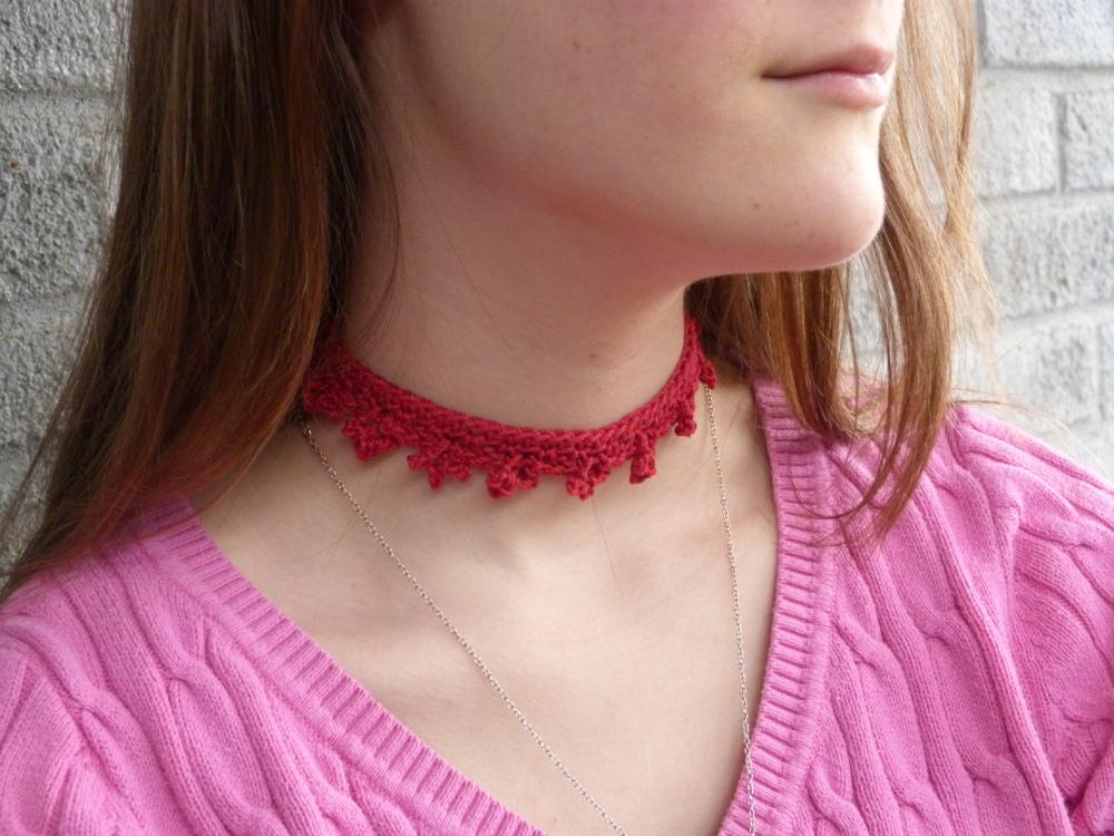 Esperanza Choker Necklace | CrochetSpot.com